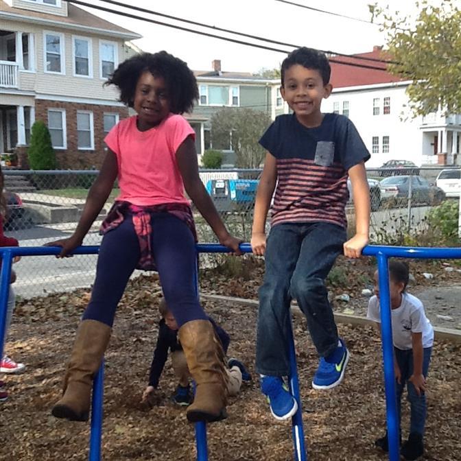File:Robert F Kennedy Community Schools from 8th street.jpg
